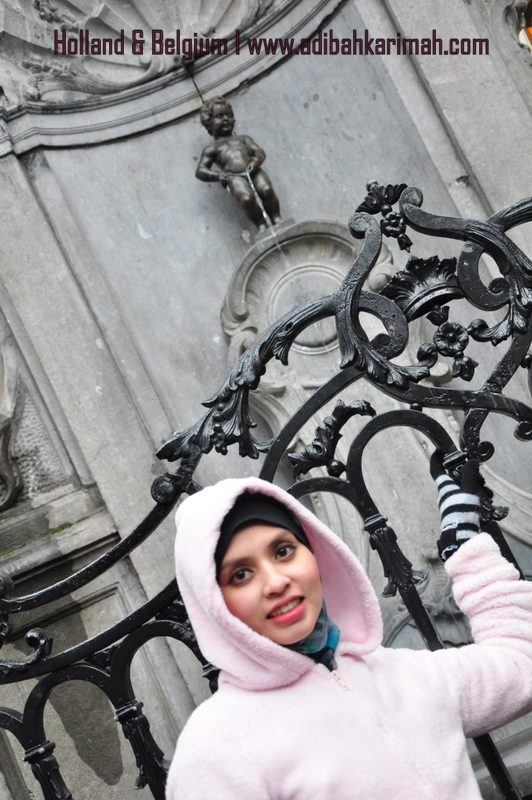 Free holiday to Holland and Belgium fully sponsored 5 star package by premium beautiful corset at manneken pis.
