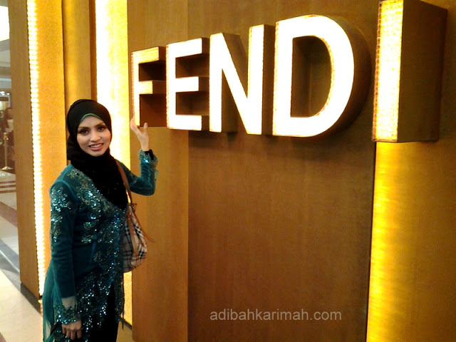 Fendi Baguette 15th Anniversary at KLCC had invited many popular malaysian artists, dress designers, and premium beautiful top agents